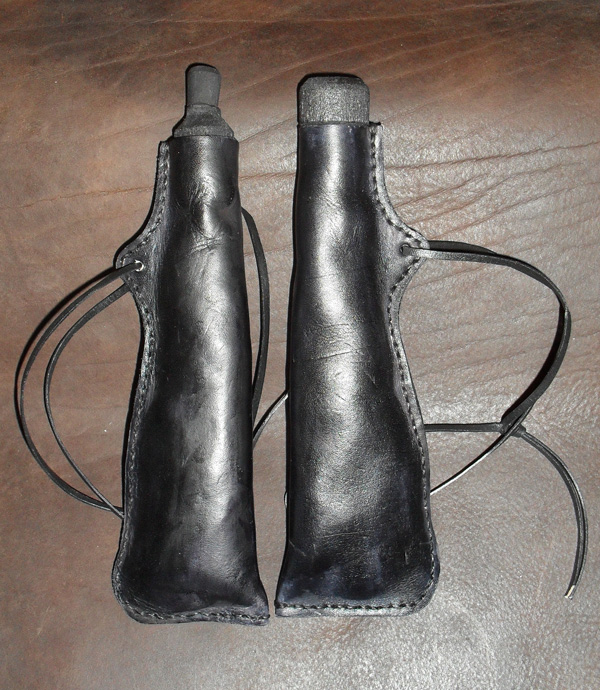 Leather Priming Flask - Click Image to Close